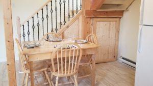 Mountainside Hideaway Cottages and Suites - Hillside Cottage Kitchen